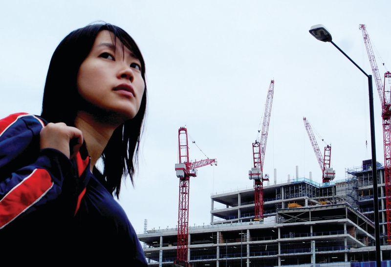 SHE_A_CHINESE_02.jpg_rgb