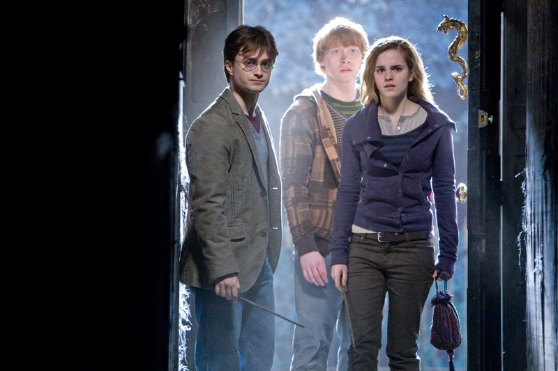 Harry-potter-and-the-deathly-hallows-daniel-radcliffe-rupert-grint-emma-watson