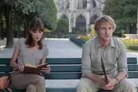 Midnight-in-paris-owen-wilson-carla-bruni
