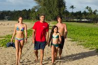The-descendants-george-clooney-shailene-woodley-amara-miller-nick-krause