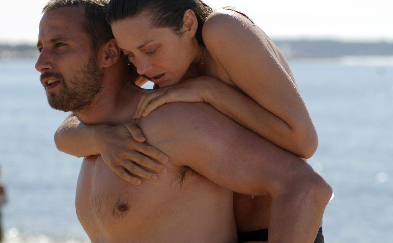 Rust-and-bone-movie-review-marion-cotillard-matthias-schoenaerts