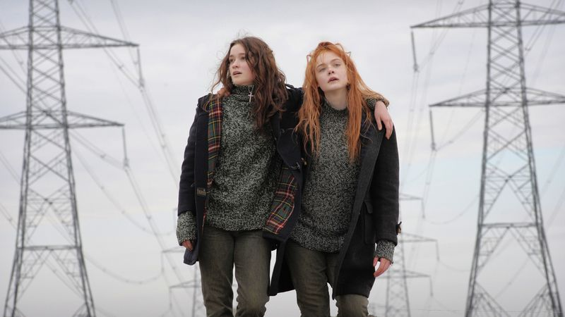 Ginger-and-rosa-movie-review-elle-fanning-alice-englert
