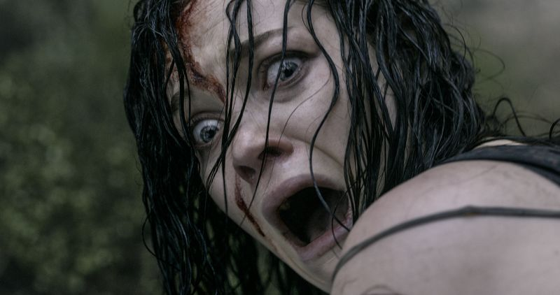 Evil-dead-movie-review-jane-levy