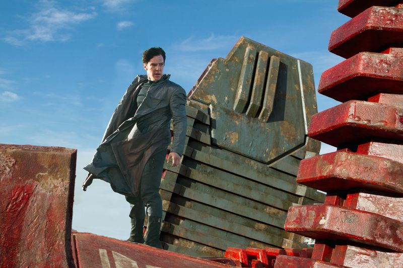 Star-trek-into-darkness-movie-review-benedict-cumberbatch