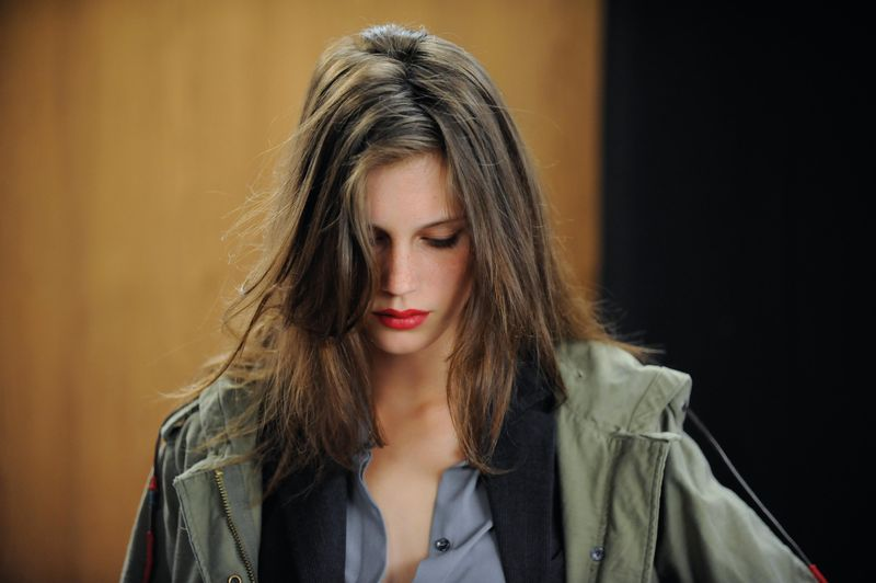 Young-and-beautiful-jeune-et-jolie-movie-review-marine-vacth