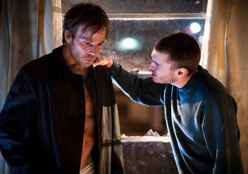 The-motel-life-movie-review-emile-hirsch-stephen-dorff