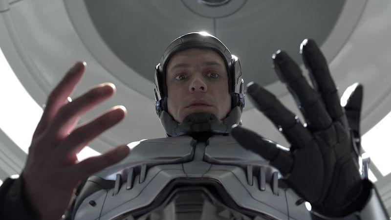 Robocop-movie-review-joel-kinnaman