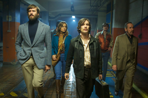 Free-fire-movie-review-sharlto-copley-armie-hammer-brie-larson-cillian-murphy