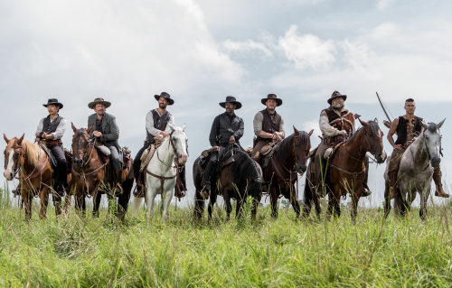 The-magnificent-seven-movie-review-denzel-washington-chris-pratt-byung-hun-lee-ethan-hawke-manuel-garcia-rulfo-vincent-donofrio-martin-sensmeier