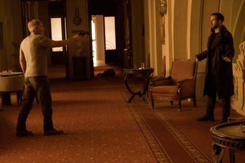 Blade-runner-2049-movie-review-ryan-gosling-harrison-ford